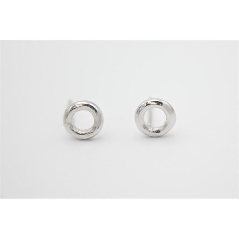 Simpel cirkel, sølv ørestikker