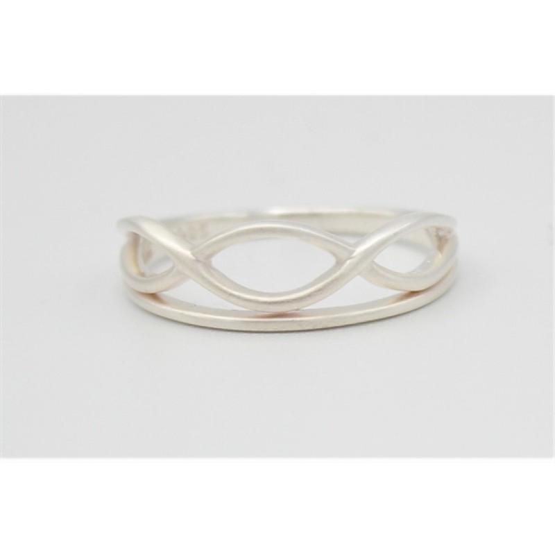 Matteret snoet ring i sølv