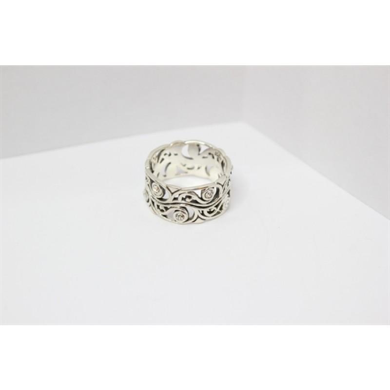 Oxyderet ring i orientalsk mønster