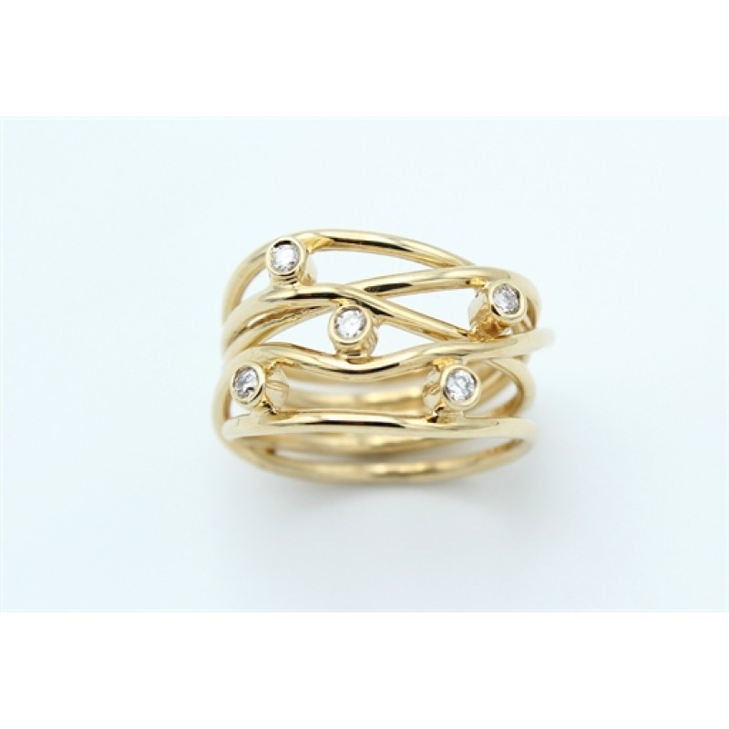 Lines Diamond 14 kt ring