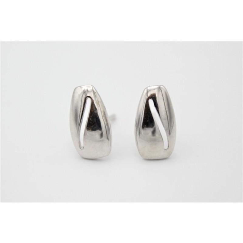 Moderne ørestikker i sølv