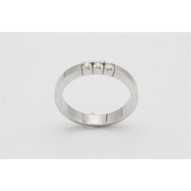 AAGAARD 14 kt hvidguld ring med i alt 0,12 ct brillanter