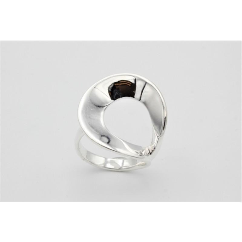 Modern ring, sølv