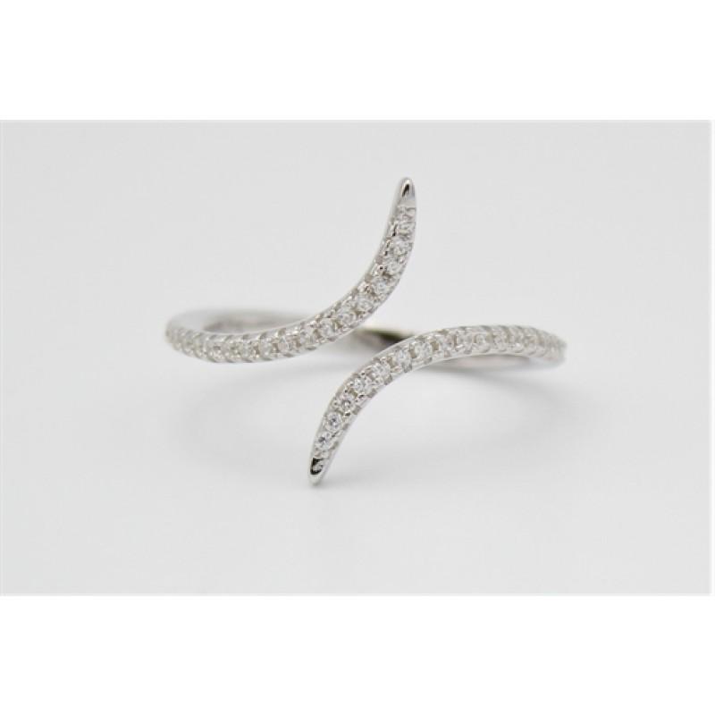 Åben sølv ring med zirkoner, snoet