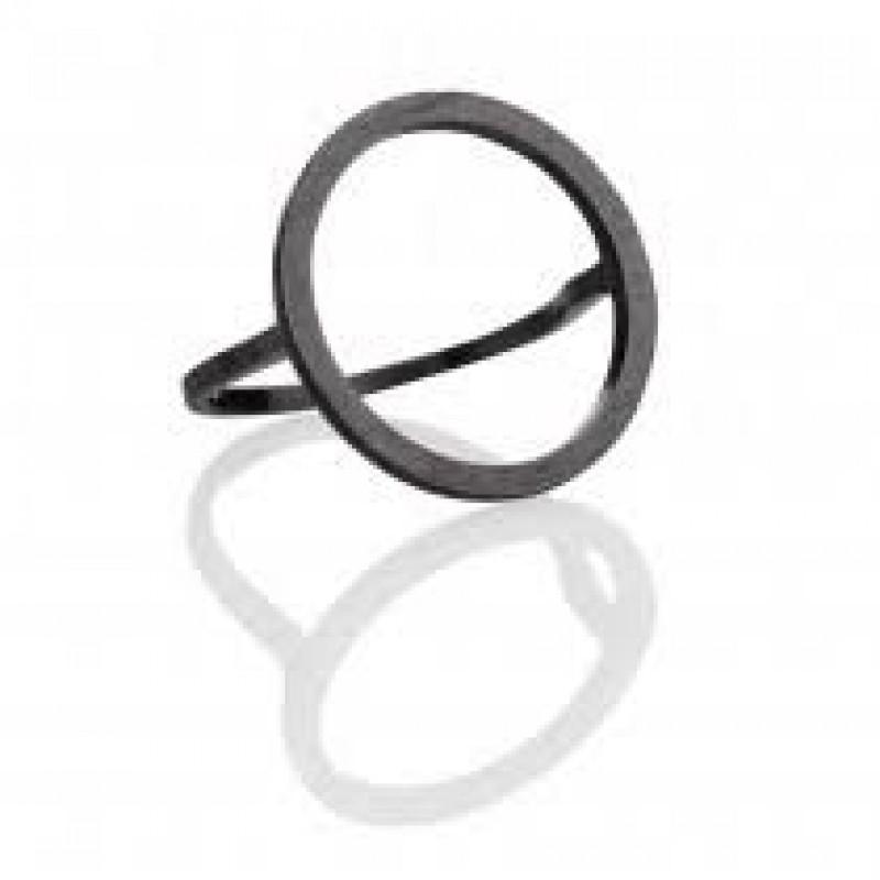 Oxyderet ring med cirkel