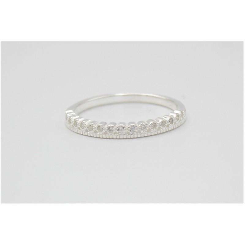 Cirklet sølv ring med zirkoner