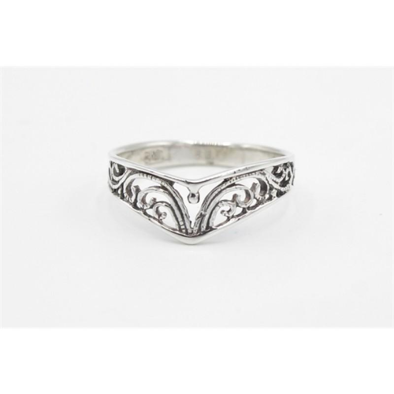Sølv ring, V med mønster