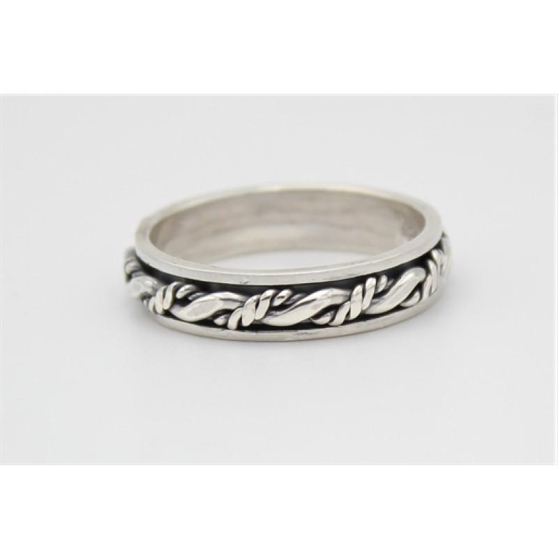 Bevægelig ring med oxyderinger i sølv