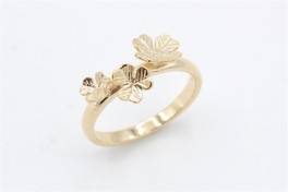 Flower 14 kt ring, tre blomster-20