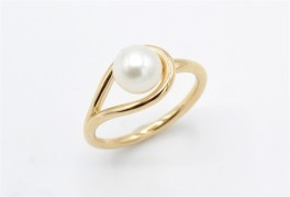 Pearl 14 kt ring-20
