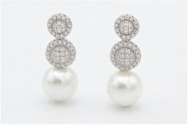 Sølv ørestikker m. mange zirkoner og imiteret perle-20